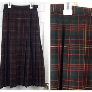 Pendleton 100% Wool Long Green Red Pleated Skirt